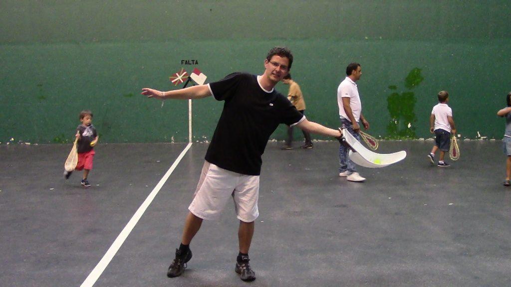 Inspirowany Sportem - gram w baskijską pelotę. To w Kraju Basków inspiracja sportami tradycyjnymi nabrała nowej mocy:)