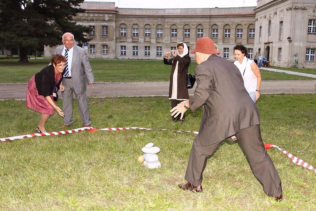 sporty tradycyjne sa swietne dla osob starszych